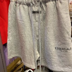 Essential Shorts Available Reciept/bag